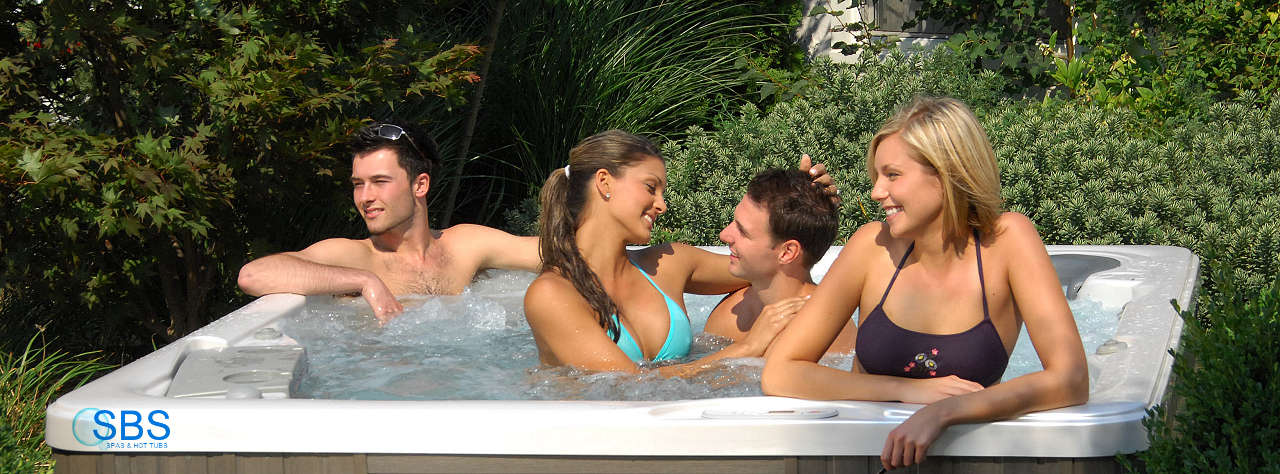 4 person home outdoor garden hot tub