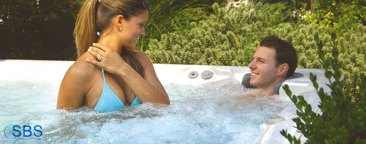 Hot tubs for young couples to party, enjoy and relax